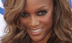 Tyra Banks lança linha de maquiagem para mulheres negras