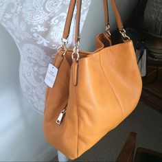 COACH Phoebe LEATHER NWT Authentic Coach leather Phoebe shoulder bag. Perfect new condition. Tag is attached. Genuine leather, silver hardware.                          ❌No trades Coach Bags Shoulder Bags