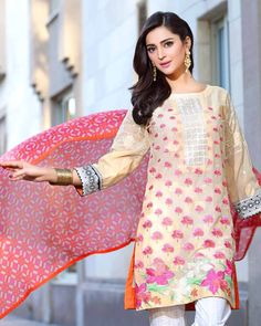 Shirt: Fabric: Embroidered Front with Sleeves, Printed Back Shalwar/Trousers: Fabric: Pasted Trouser. Dupatta: Fabric: Printed Chiffon Dupatta.