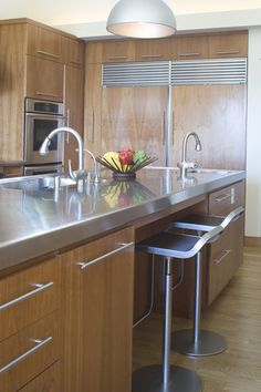 Stainless Countertops contemporary kitchen by Studio William Hefner Stainless Countertops, Cleaning Stainless Steel Appliances, Stainless Kitchen, Kitchen Countertop Materials, Kitchen Countertops, Kitchen Cabinets, Kitchen Sinks, Kitchen Handles, Kitchen Islands