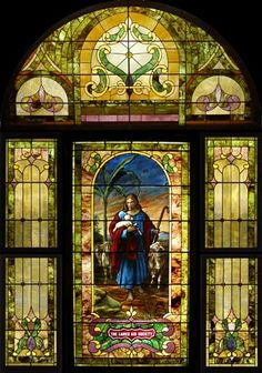 Client:  Hodge Presbyterian Church  Location:  Trenton, Missouri  Restoration  Date:  2004       Scope of Project:  Historic Restoration of 1 large stained glass window. Restoration by Willet Hauser Architectural Glass