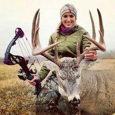 Eva shockey & my bow <3