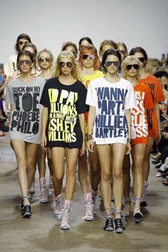 """ファッション誌『VOGUE GIRL』の公式サイト。ファッションやビューティ、ライフスタイルなど、独自のコンテンツに加え、Instagramと連動したスナップ写真も。海外セレブやモデルの最新情報も掲載。HOW TO BE A """"VOGUE GIRL"""" GIRL 〜 ITガールのためのトレンド・バイブル。"""