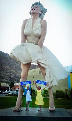 That must have been a very strong gust of wind... #dreamtrips #marilyn