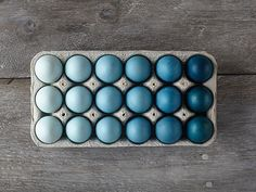 How-to: Ombre Easter egg idea. Not hard at all and looks gorgeous!