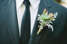 Alicia and Jason wanted their wedding to be an intimate setting that reflected some of their favorite things. They loved the simplicity and rustic vibe of the desert. So they chose to incorporate cactus and succulents into their centerpieces and cocktail arrangements. They love Mexican food and