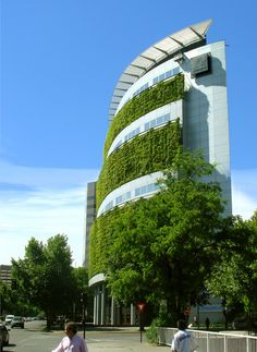 Green wall, The National Insurance building in Las Condes, Santiago, Chile