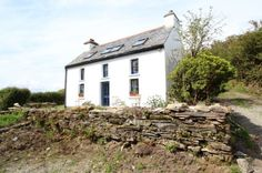 Here you can find houses and apartments in Ireland for sale or rent or you can list your property using topcomhomes Cottage House, Property For Sale, Cork, Ireland, Real Estate, Houses, Cabin, House Styles, Home Decor