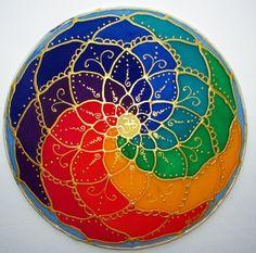 Hecho a pedido * el Mandala de equilibrio es 8 colores de los chakras o centros energéticos del cuerpo. Rojo está en el mundo físico,