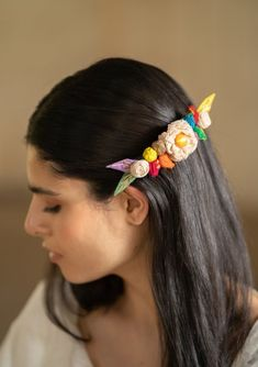 Crochet Hair Accessories, Crochet Hair Styles, Textile Jewelry, Fabric Jewelry, Girls Gallery, Bridal Flowers, Recycled Fabric, Rubber Bands, Fabric Flowers