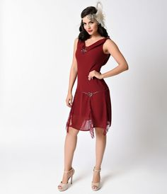 Who is that beauty in burgundy? Its you, darling! At least, it will be when you order this Unique Vintage Burgundy Hemingway Flapper Dress. With gorgeous sequin and lace detailing and a drop waist, this retro-inspired dress will make you feel like you st Vintage Homecoming Dresses, Vintage Bridesmaid Dresses, Vintage Prom, Vintage Dresses, Unique Vintage, Vintage Style, Bridesmaids, Vintage Inspired, 1920s Evening Dress