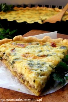 Tart with mushroom&leeks. I love this Polish recipe :) If you can get past the mistakes in the translation :) Ukrainian Recipes, Hungarian Recipes, Czech Recipes, Ethnic Recipes, Leek Tart, Good Food, Yummy Food, Polish Recipes, Polish Food