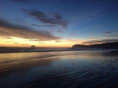 Reposting @charleseloy: No filter  . . . . #amazing #beautiful #sunset #nature #sky #skyporn #skylover #playahermosa #playa #beach #colors #dark #nicaragua #nofilter #travel #instatravel #latergram #takemeback #backpack
