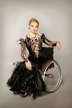Гордеева Ирина – многократная чемпионка России и мира по танцам на колясках-Irina Gordeeva - multiple champion of Russia and the World Wheelchair Dance