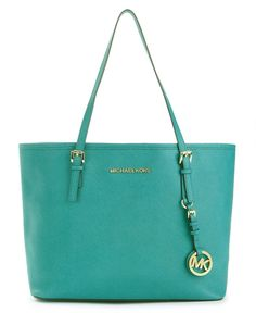 Michael Kors Handbag in my fave color. This looks delish!;)