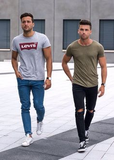 mens fashion trends which look gorgeous. Urban Fashion, Mens Fashion, Fashion Guide, Fashion Moda, Fashion Fall, Fashion Trends, Mode Man, Herren Style, Casual Outfits