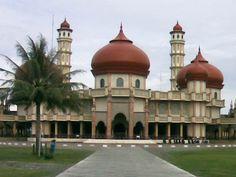 Masjid Agung Kota Meulabuh, Aceh, Indonesia