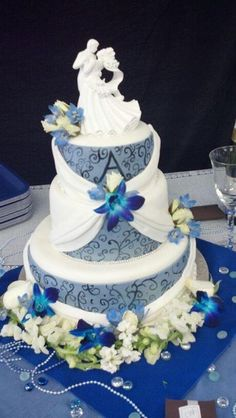 Draping wedding cake  By: Liz's Cakes