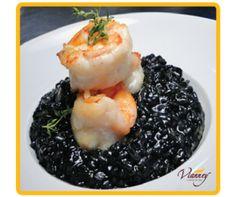 Risoto de arroz negro com camarao