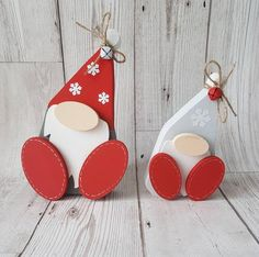 Christmas gonk, christmas gnome, set of christmas decoration, free standing Wooden Christmas Crafts, Wooden Christmas Decorations, Pallet Christmas Tree, Etsy Christmas, Christmas Gnome, Christmas Projects, Winter Christmas, Holiday Crafts, Christmas Gifts
