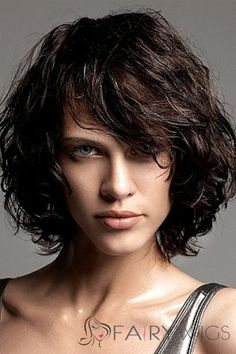 30 Spectacular short curly bob hairstyles is perfect choice for you who have curly hair or want to look different with curly hairstyles. Easy to manage and gorgeous look is the result for your short bob hairstyles Bob Haircut Curly, Wavy Bob Hairstyles, Haircuts For Curly Hair, Curly Hair Cuts, Short Curly Hair, Short Hair Cuts, Curly Hair Styles, Short Wavy, Thin Hair