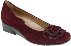 Earth Brushcherry Women's Dress Shoes (Burgundy)