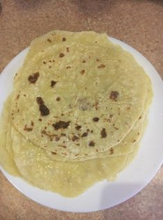 Domáce lokše (fotorecept) - recept | Varecha.sk Pancakes, Food And Drink, Cooking Recipes, Sweets, Baking, Breakfast, Ethnic Recipes, Anna, Basket