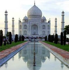 I'd love to go to India some day...it'd be fascinating!