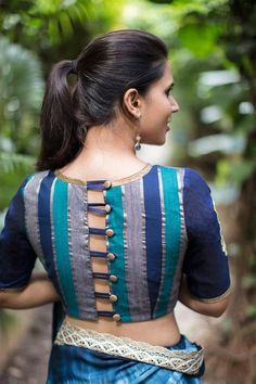 blouse designs Most Trendy Latest Fashion Blouse Design List for Bride-to-be & Saree Lovers. Check 30 Best Blouse Designs with Blouse Back & Sleeve Design Trends in 2017 Best Blouse Designs, Saree Blouse Neck Designs, Choli Designs, Saree Blouse Patterns, Stylish Blouse Design, Design Of Blouse, Style Sportif, Designer Blouse Patterns, Just For You