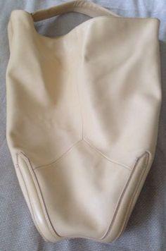pour la victoire Soma Hobo Sand Color Retail $425 NWT Handbag