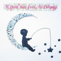 Appliqué thermocollant petit garçon sur une lune en liberty adelajda.