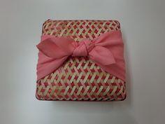 さくら色 Organic Packaging, Brand Packaging, Gift Packaging, Packaging Design, Bamboo Box, Bamboo Basket, Chocolate Boxes, Food Hampers, Sewing Case
