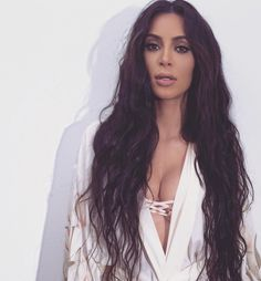Is the Lob Over? Kim Kardashian West Makes a Case For Long Hair