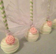 Vintage wedding cake pops.