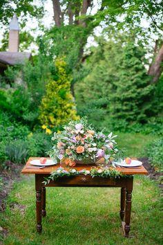 Photography: Magnolia Studios - magnoliastudios.ca  Read More: http://www.stylemepretty.com/canada-weddings/2014/08/28/sweet-peach-wedding-inspiration/