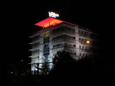 VDL http://www.lightsolutions.nl/nl/smartlight-led-verlichting-op-maat