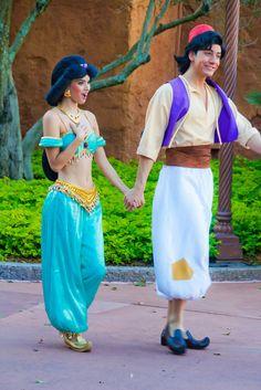 Jasmine & Aladdin, Walt Disney World, Orlando, Florida Aladdin Costume, Disney Costumes, Cute Couple Halloween Costumes, Disney Halloween, Cosplay Outfits, Cosplay Costumes, Princess Jasmine Costume, Aladin And Jasmine Costume, Disney World Characters