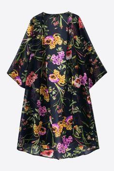 Magnificent Purple Flowers Printed Kimono In Black