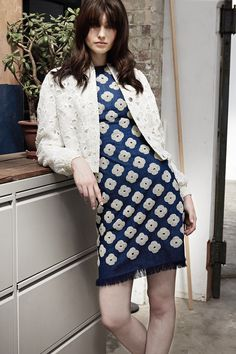 http://www.vogue.com/fashion-shows/resort-2017/huishan-zhang/slideshow/collection
