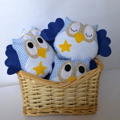 Owl softies, plush owl,  mini hoots made of fabric and felt - Baby shower favors, party favors, owl themed decoration - PACKAGE of 5. €45,00, via Etsy.