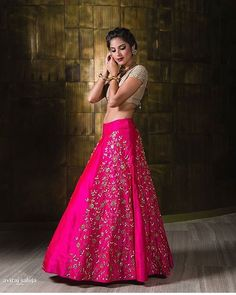 Awesome combination of Hot Pink and beige with a touch of gold by @disha_patil_pret.couture, for your Sangeet, Reception or if you are the sister of the bride! Photo by @avirajsaluja  #weddingplz #yoursinweddings #weddingphotography #instamood #instaweddings #iger #oots #love #bridalwear #indianwedding #weddinglehnga #lehnga #designers #lifestyle