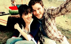 April and Andy from Parks and Rec :D fav TV couple