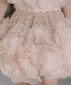 pastel ruffles | More here: http://mylusciouslife.com/prettiness-luscious-pastel-colours/