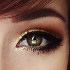 Bring out the cinnamon and the hot cider - this look screams Fall! Add a pop of gold eyeshadow to make your eyes stand out.