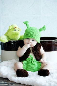 4 piece set Green Orge Hat diaper cover vest and shoes, Boy or Girl,costume Many Sizes preemie newborn 3 month, month Cute Baby Halloween Costumes, Baby Boy Halloween, Toddler Costumes, Crochet Baby Costumes, Crochet Baby Clothes, Cute Kids, Cute Babies, Unisex Baby Names, Shrek