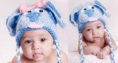 Ravelry: Blue Puppy ALL SIZES pattern by Boomer Beanies (in ravelry folder) Crochet Kids Hats, Crochet Cap, Crochet Girls, Crochet Baby Booties, Crochet Beanie, Cute Crochet, Crochet Motif, Crochet Patterns, Crochet Crafts
