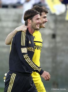 Iker Casillas Photo: Casillas and Beckham Man In Love, Soccer Players, Beckham, Sports, Jackets, Men, David, Tops, Fashion