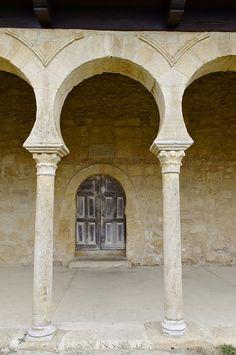 Monasterio de San Miguel de Escalada.  Gradefes (Leon) by Paula ☼, via Flickr