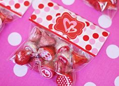 Free Printables - Valentine Treat Toppers!