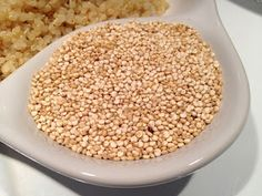 Quinoa calories are 222 per cup. Various pieces of research show that quinoa nutrition offers several advantages to the body. There are benefits of Quinoa for skin, Quinoa benefits weight loss, among others. Healthy High Calorie Foods, High Calorie Meals, Quinoa Nutrition, Proper Nutrition, High Energy Foods, Carb Substitutes, Quinoa Benefits, Lactose Free Diet, Gluten Free